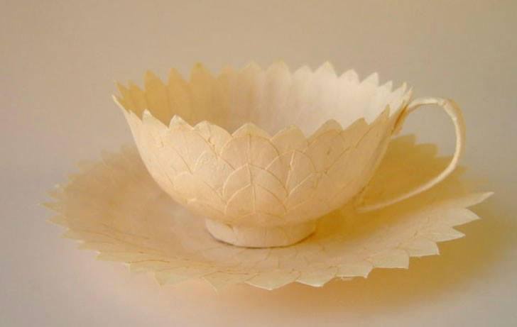 Paper teacup by Cecilia Levy (1)