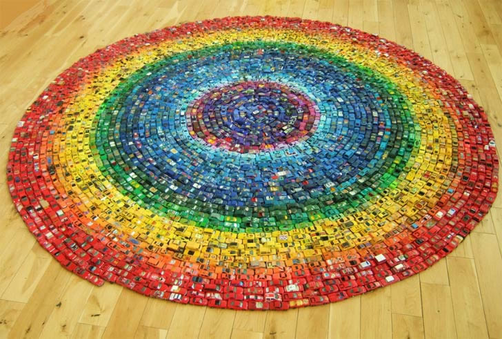 2,500 Toy Cars form a Rainbow Carpet