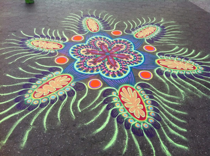Sand painting by Joe Mangrum (6)