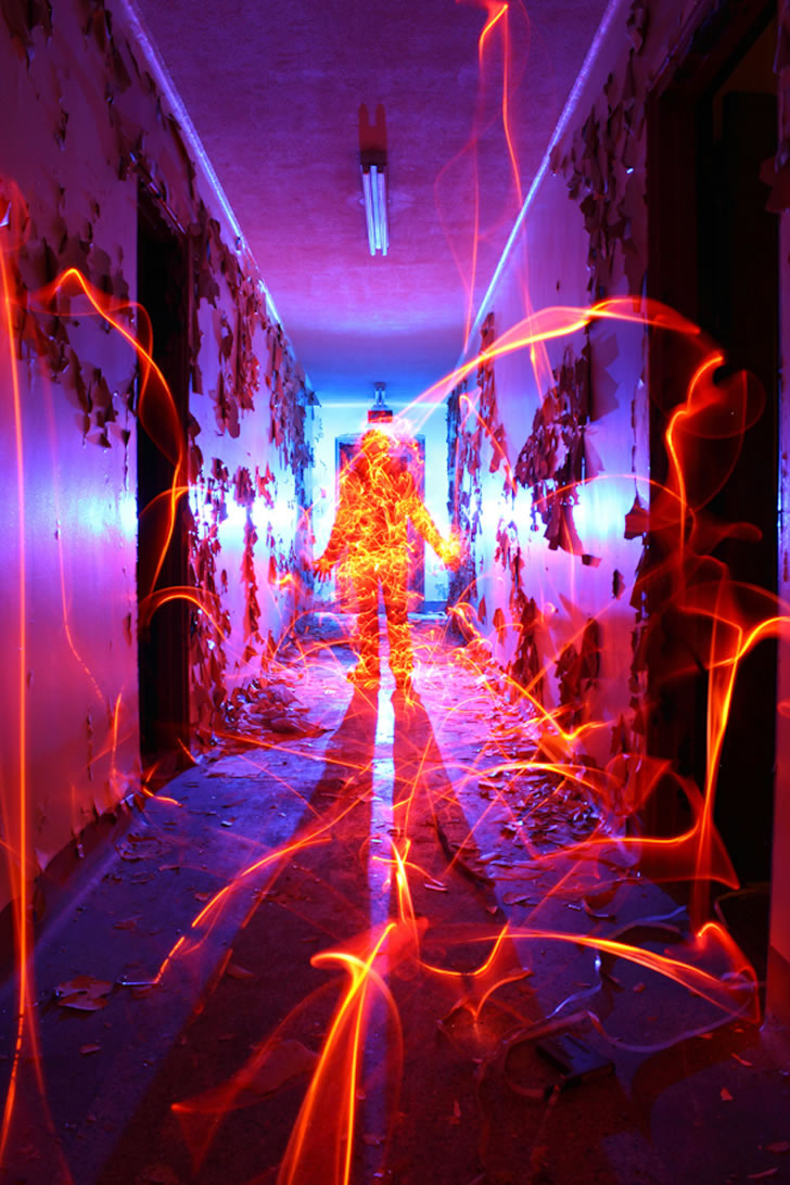 Light painting by Dennis Calvert (9)