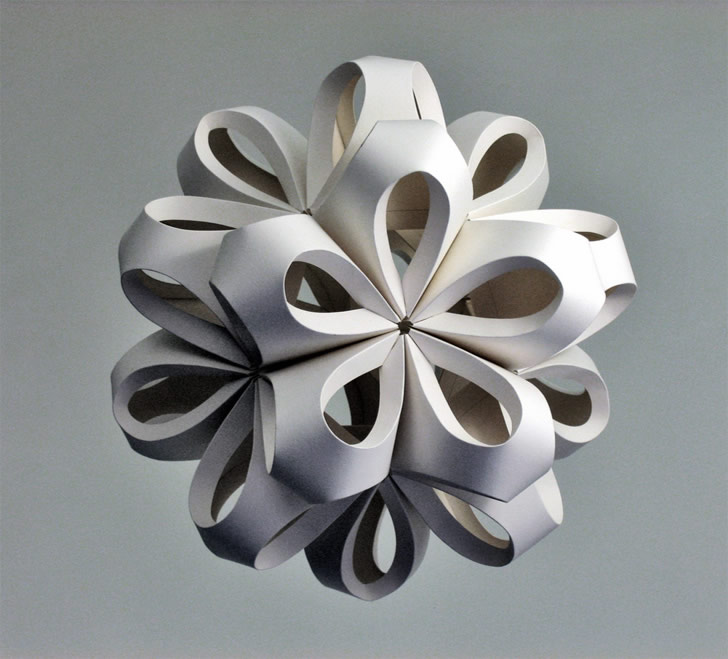 Paper sculpture by Richard Sweeney (3)