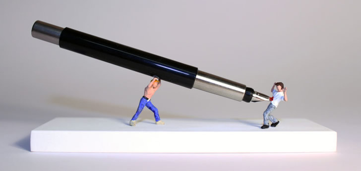 Miniature sculpture by Nic Joly (5)