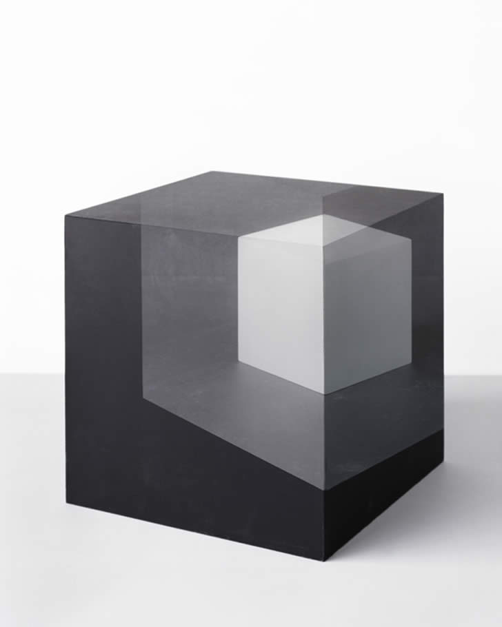 Cube Optical illusion by Jessica Eaton (1)