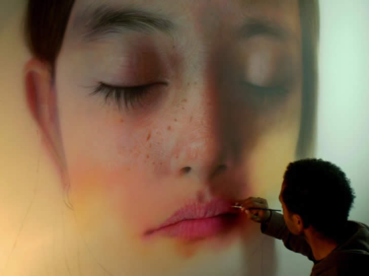 Hyperrealist painting by Kamalky Laureano (2)