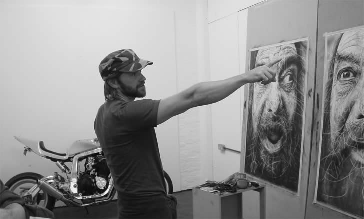 Amazing charcoal drawing by Douglas McDougall (3)