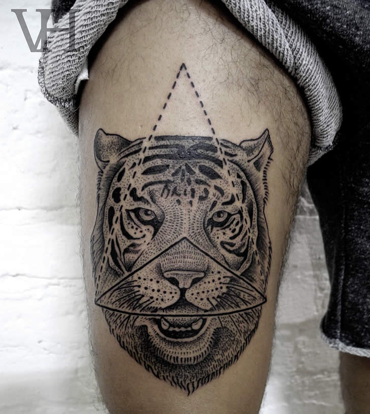 B&w tattoo by Valentin Hirsch (2)