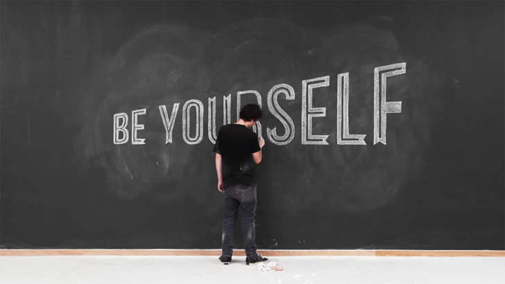 Be Yourself. Chalk video by Twixl