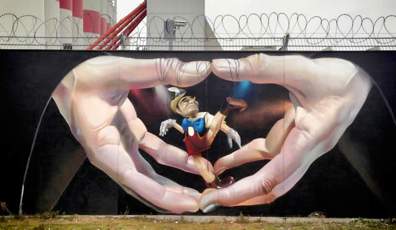 Pinnochio mural by Maclaim