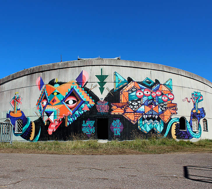 Colorful graffiti by dxtr