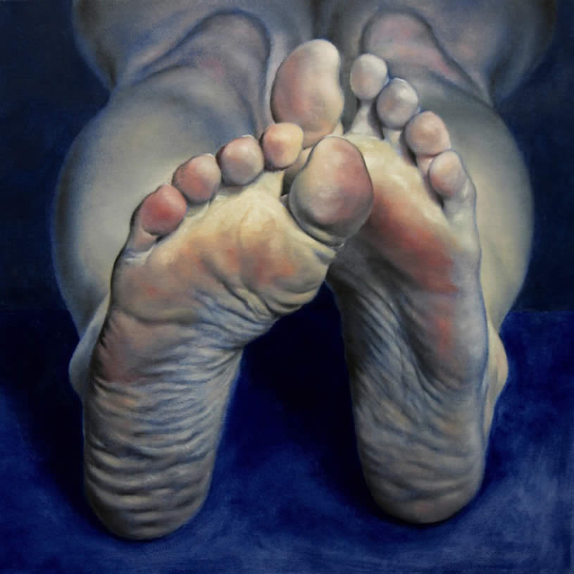 Realistic painting of feet by Daniel Maidman