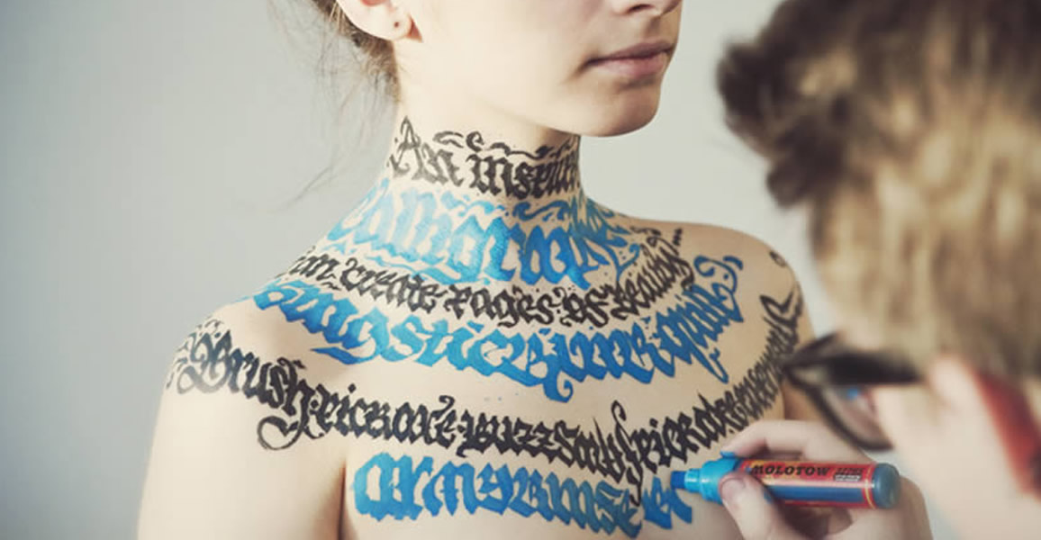 Pokras Lampas' Calligraphy Art on the Body