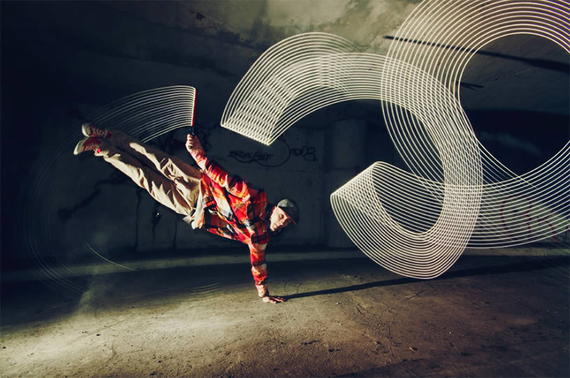 Light painting and break dance. Photo by Joanna Jaskolska