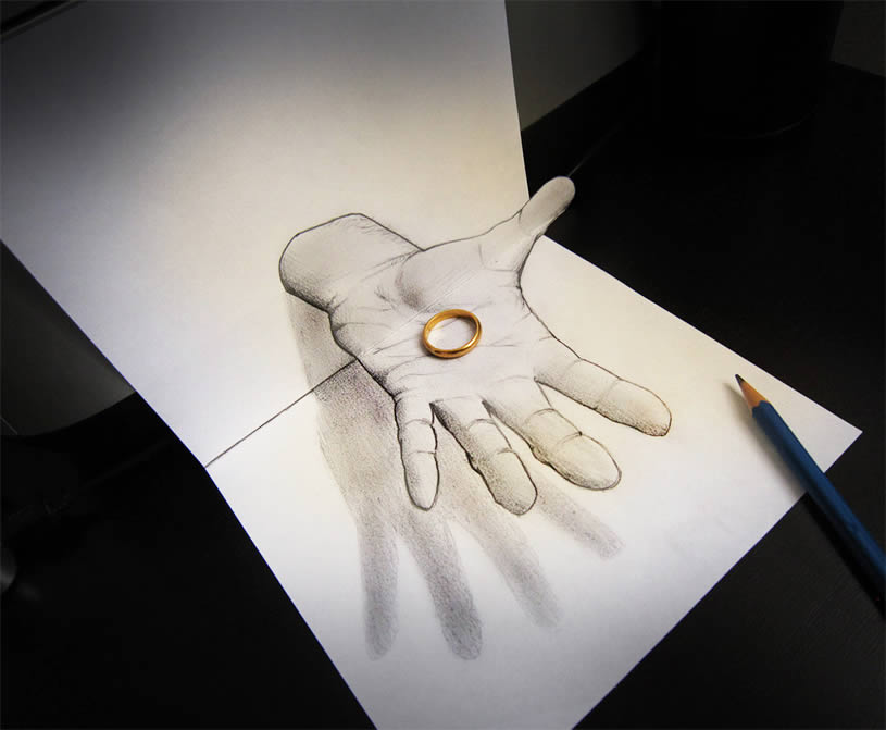 Anamorphic hand drawing by Alessandrodd