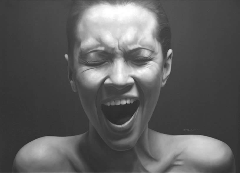 Screaming woman by Juan Carlos Manjarrez