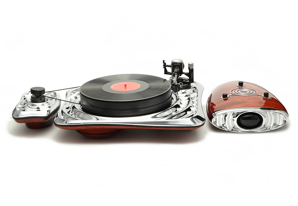 """Calliope Hi-Fi Turntable"" by Deniz Karasahin."
