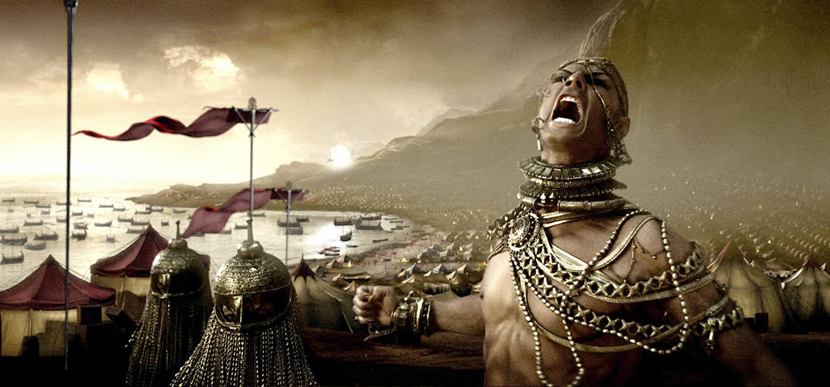 Xerxes (Rodrigo Santoro) howls with pain as the battle goes ill.