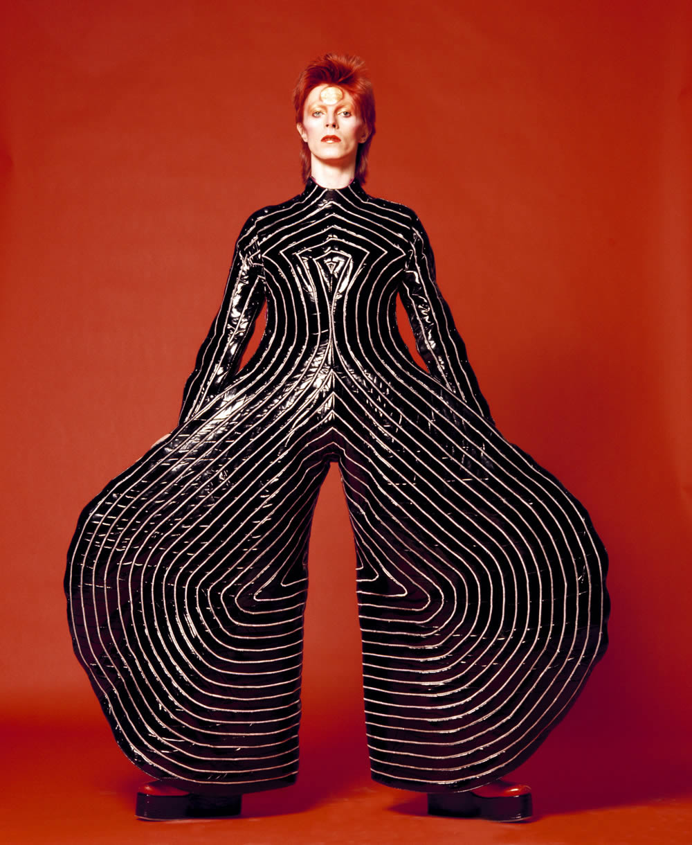 david bowie photography colour fashion