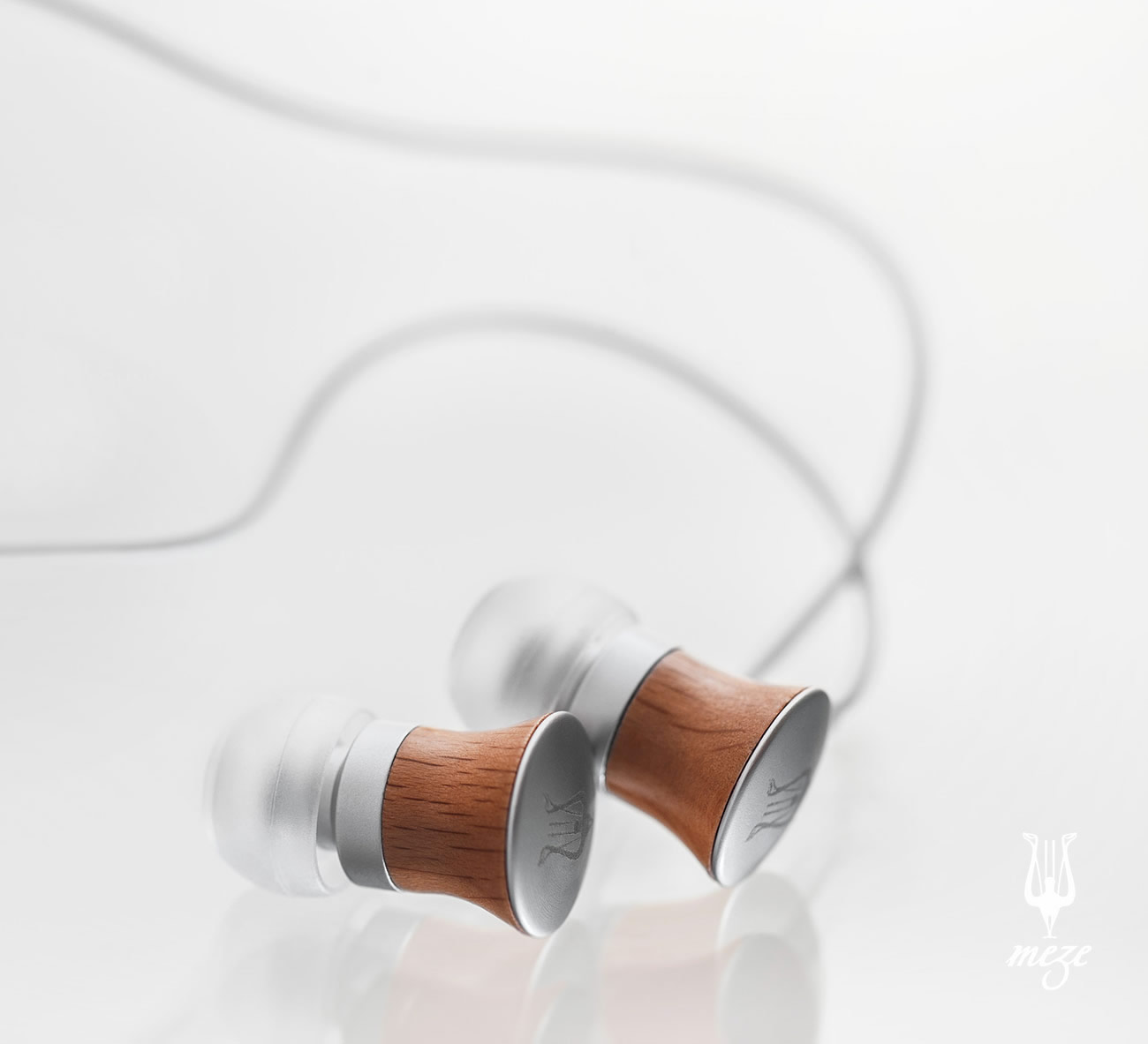 Win Meze Wood Earphones
