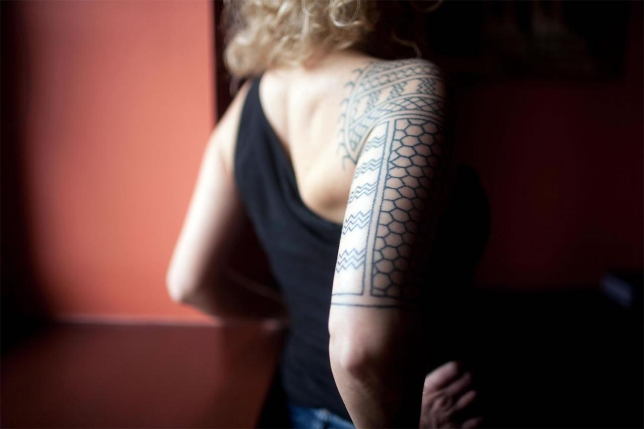 back view geometric tattoo by Karolina Czaja