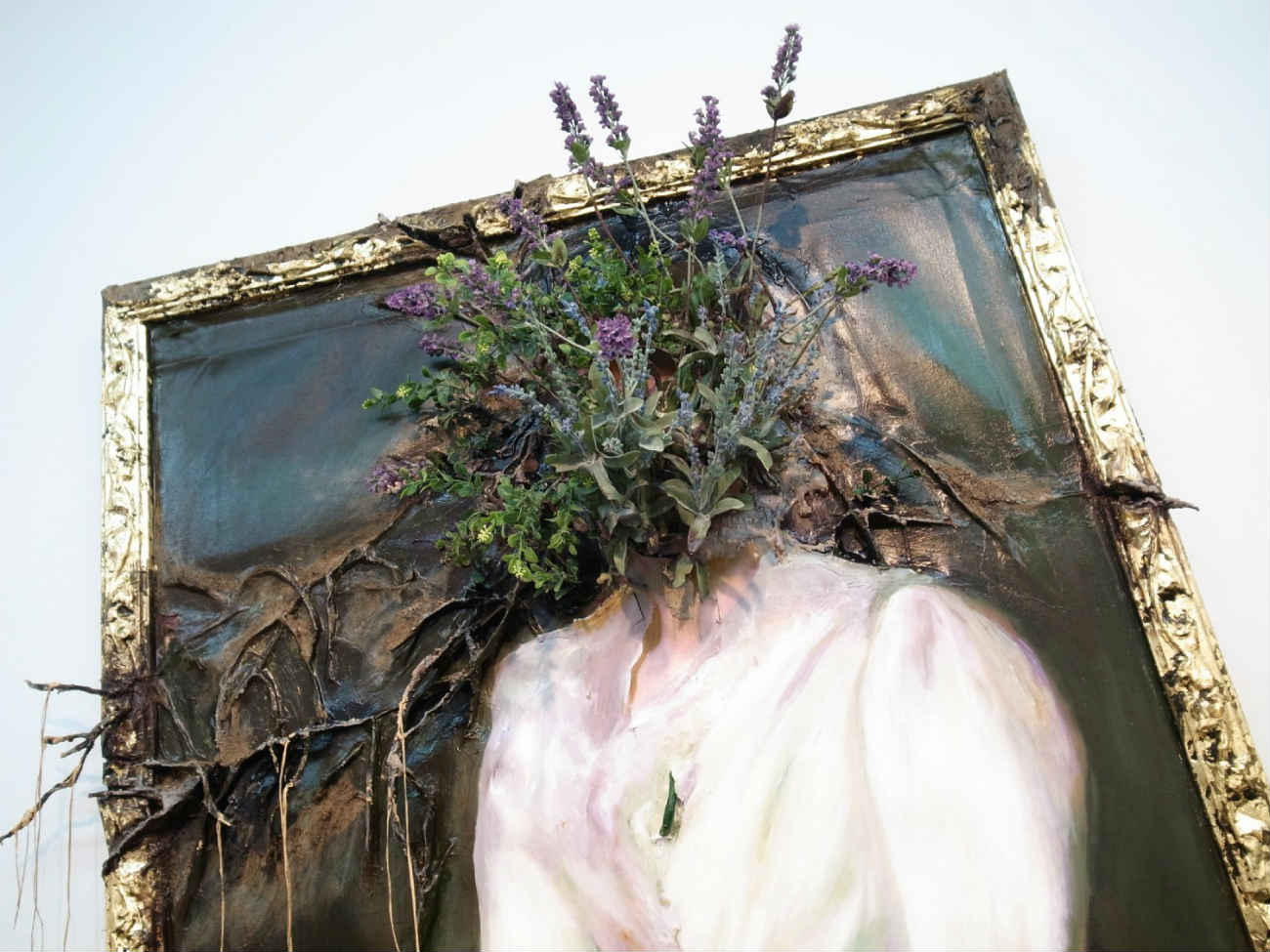 valerie hegarty flower painting