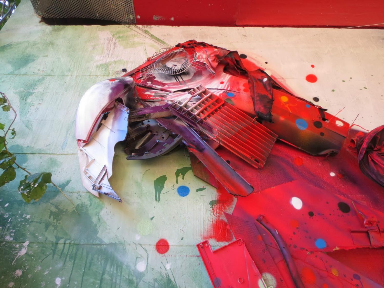 bordalo II parrot street art