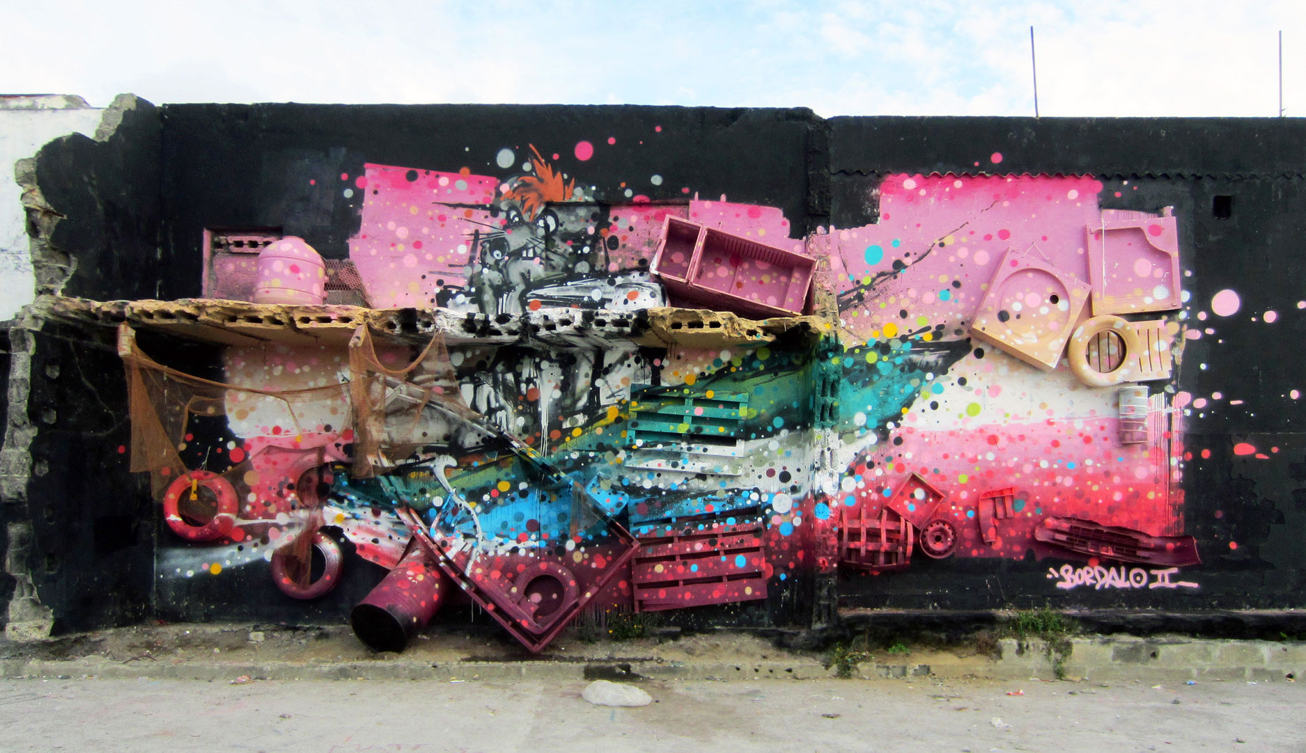 bordalo II graffiti street art