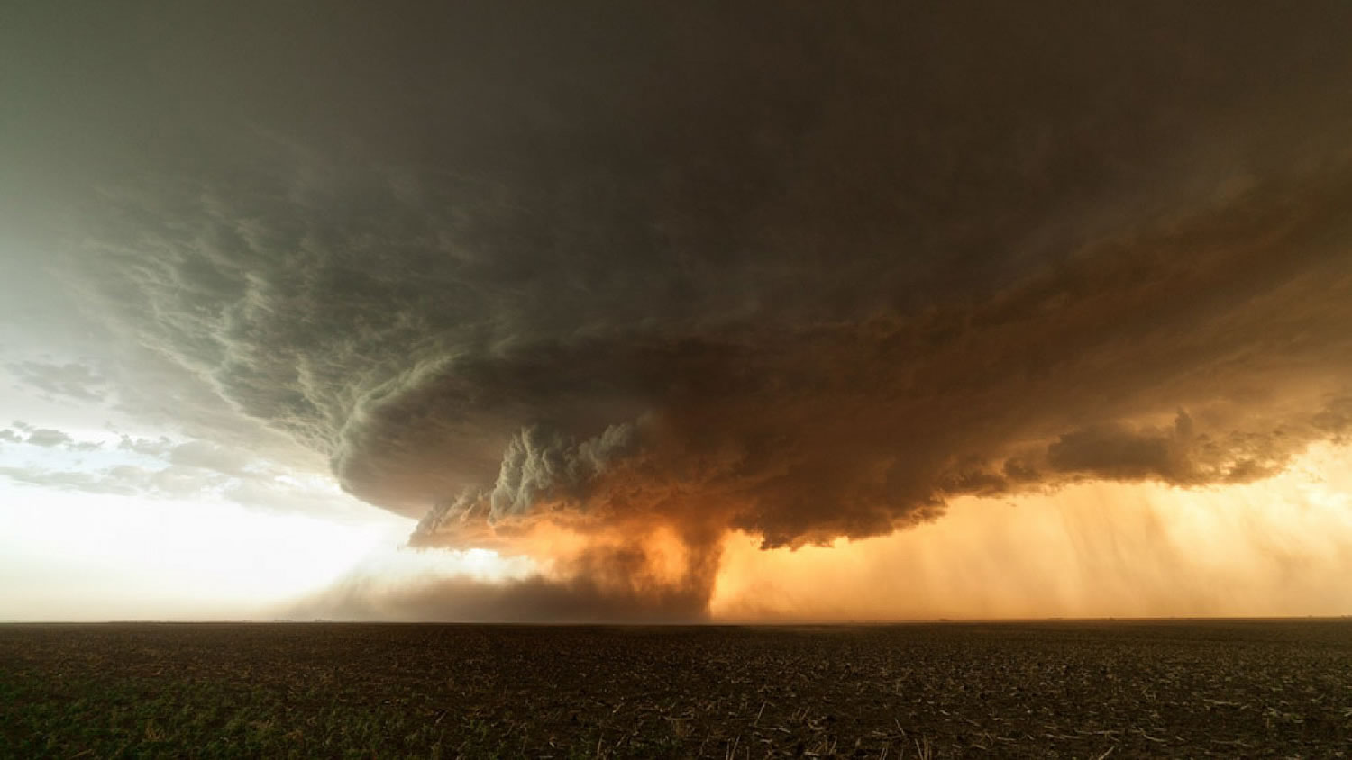 massive super cell by Mike Olbinski