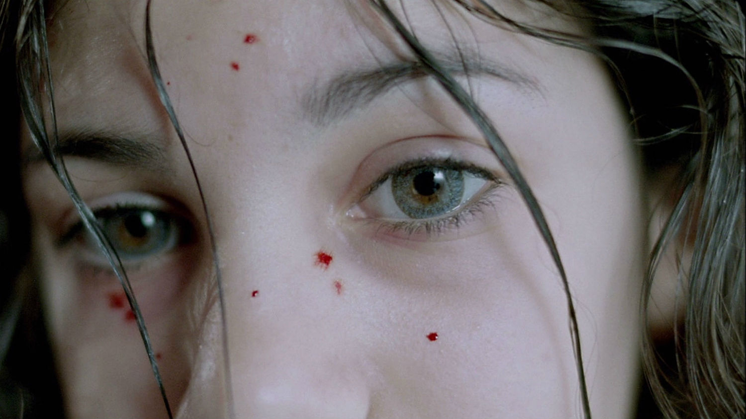 let the right one in vampire eyes blood