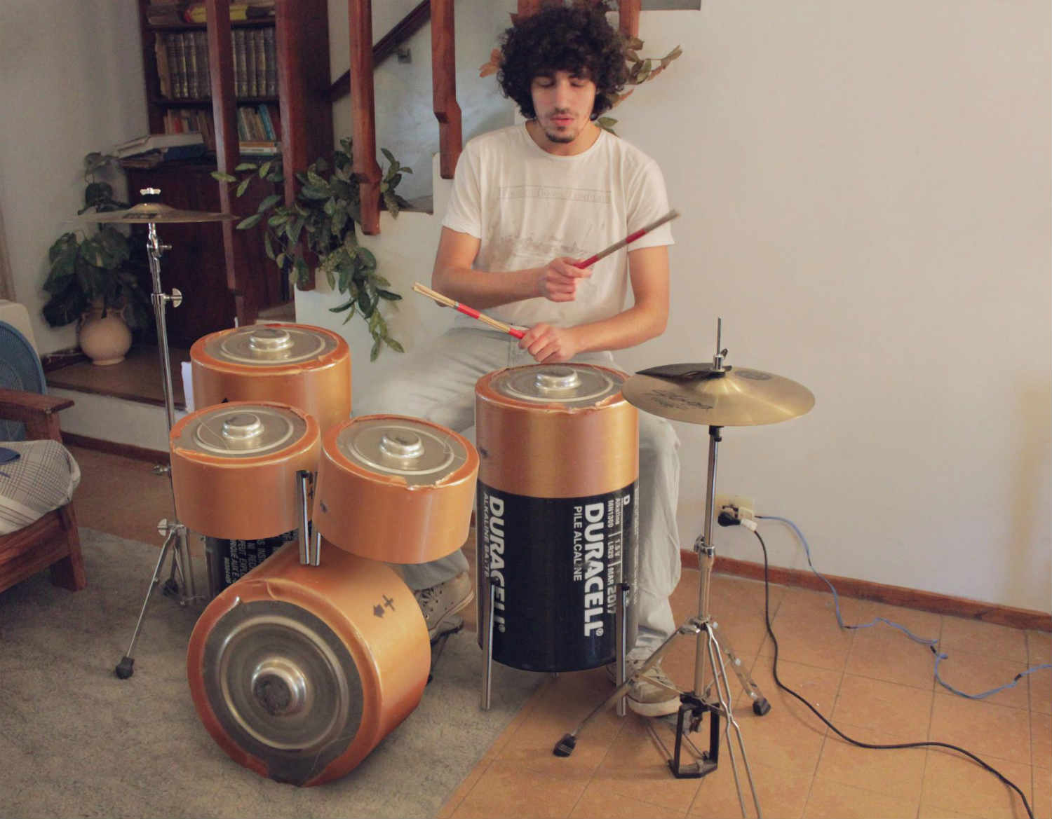 Martín De Pasquale battery illusion drum