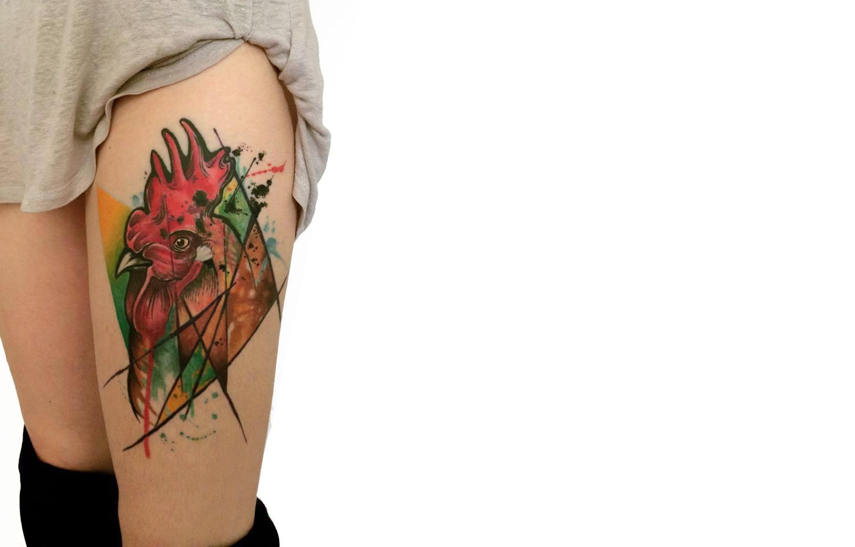modern art rooster tattoo by Koray Karagözler
