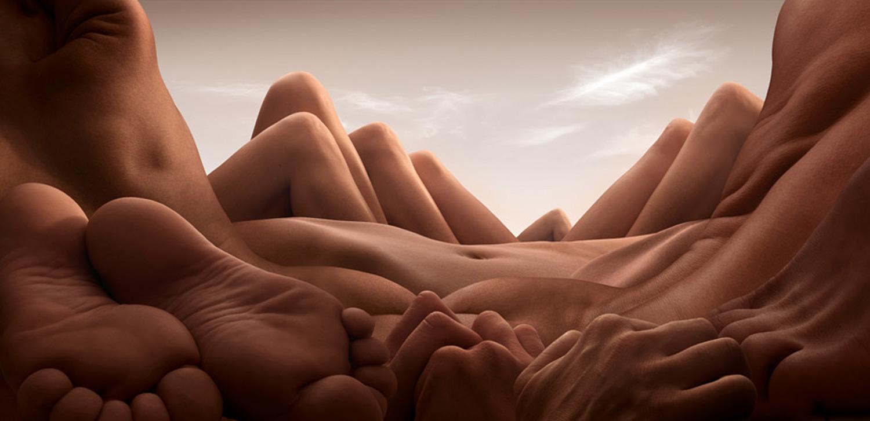 Shin Knee Valley by Carl Warner