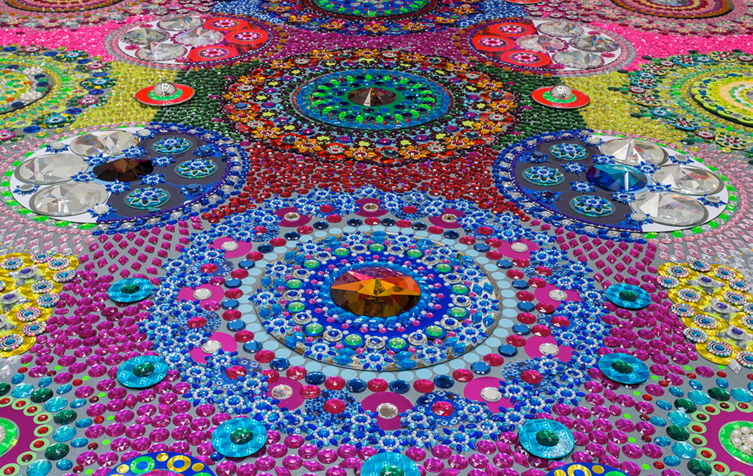 elaborate colored carpet art by suzan drummen