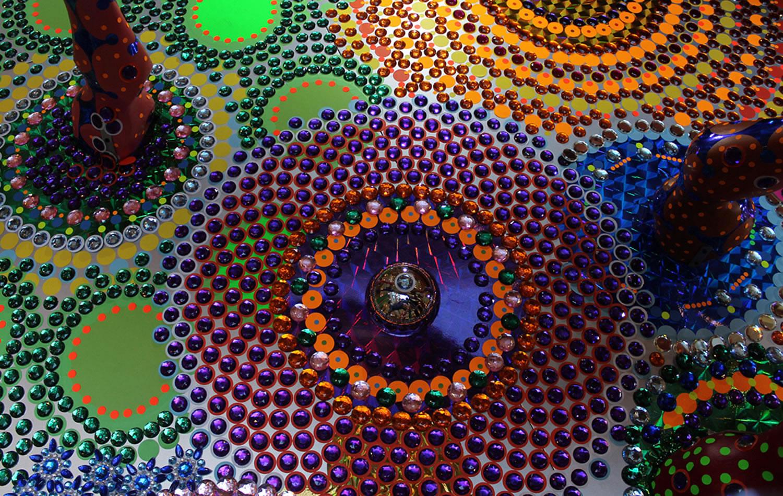 circular patern art by suzan drummen