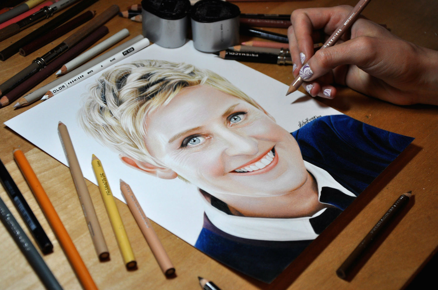 ellen degeneres sketch heather rooney pencils