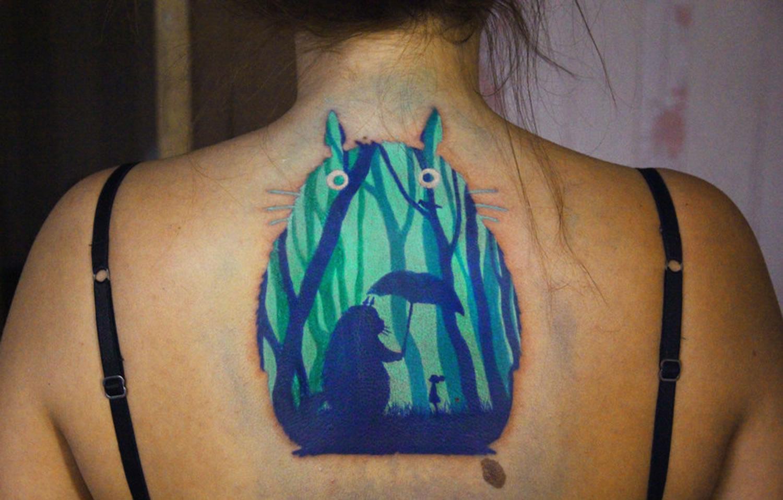 totoro tattoo illusion by nika samarina