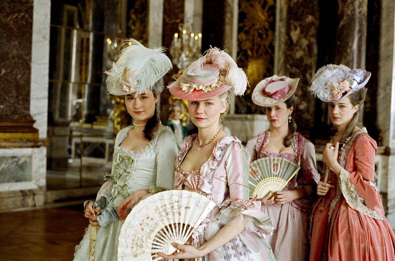 costumes period marie antoinette