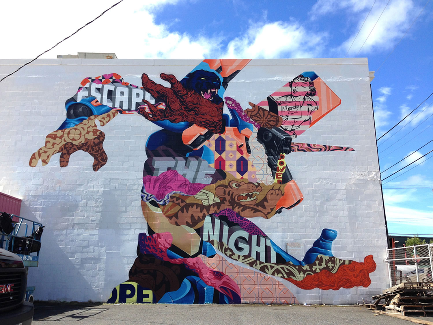 cartoon, comic style mural by Tristan Eaton
