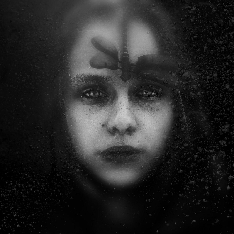 Andrey Zharov photo realist photography portrait black white