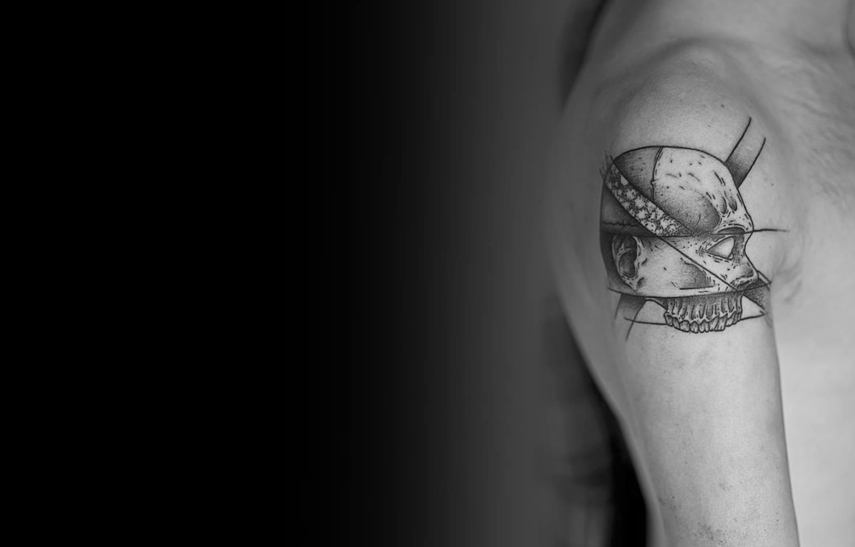 skull face, strange tattoo by roman boyko