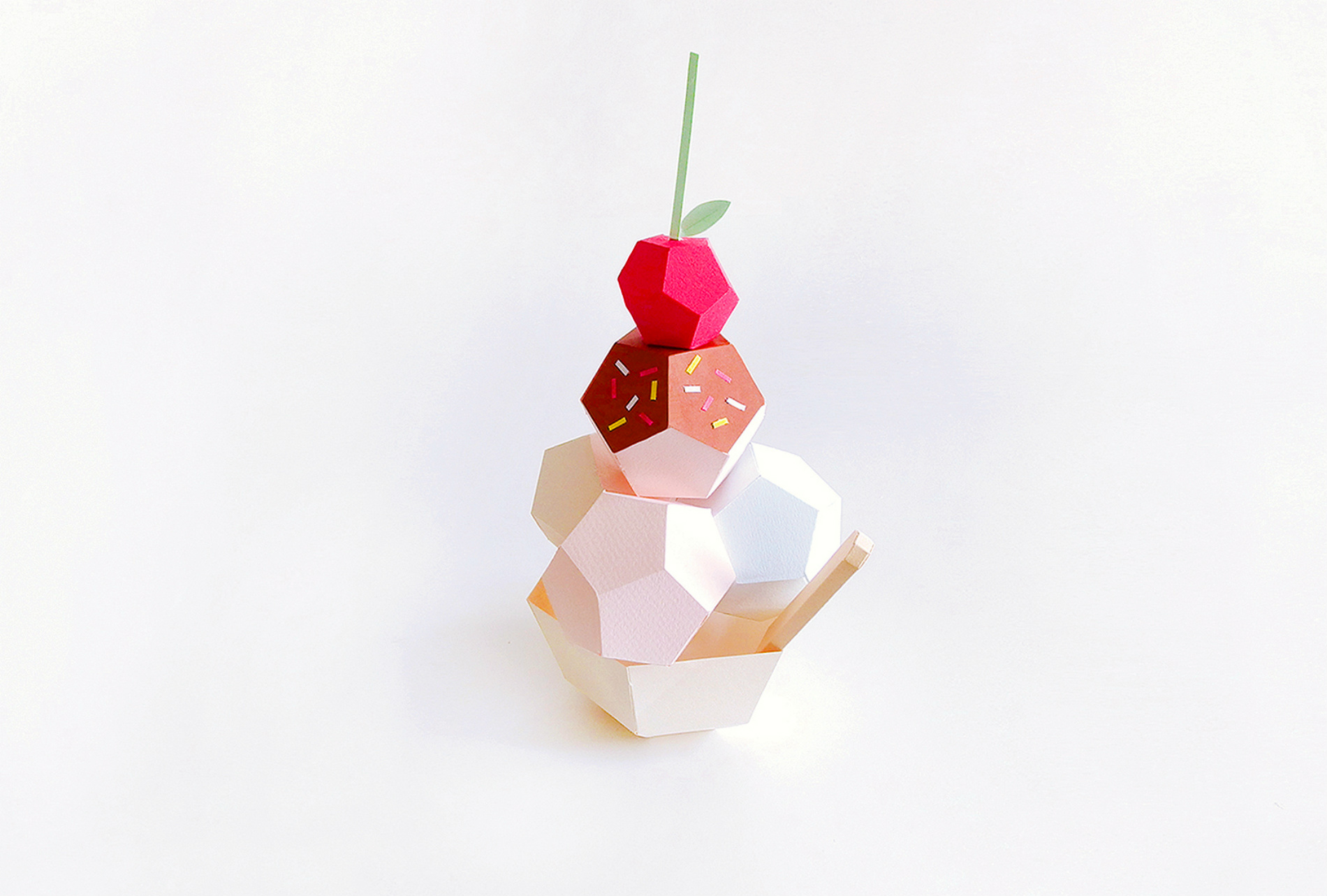 Fun Paper Sculptures of Desserts
