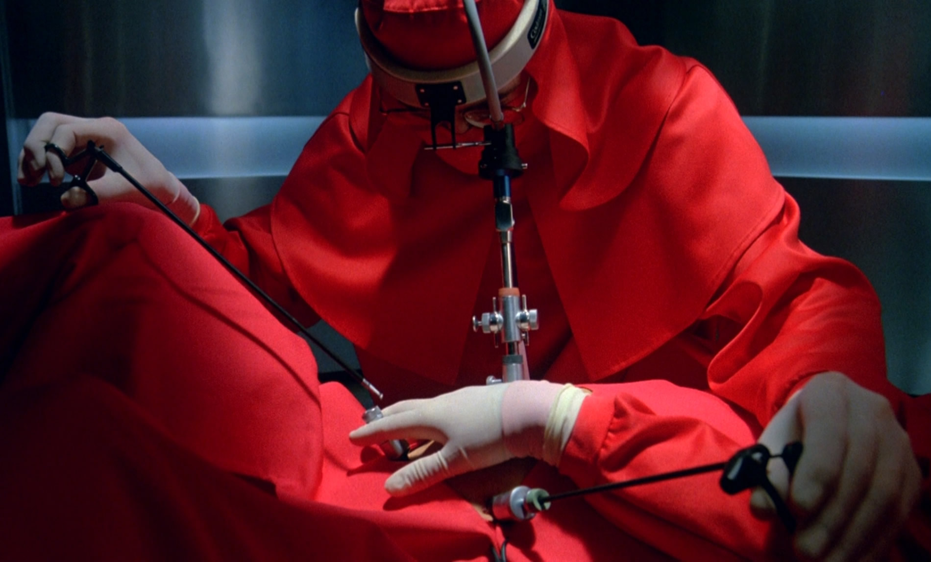 dead ringers red scrubs david cronenberg body horror cinema