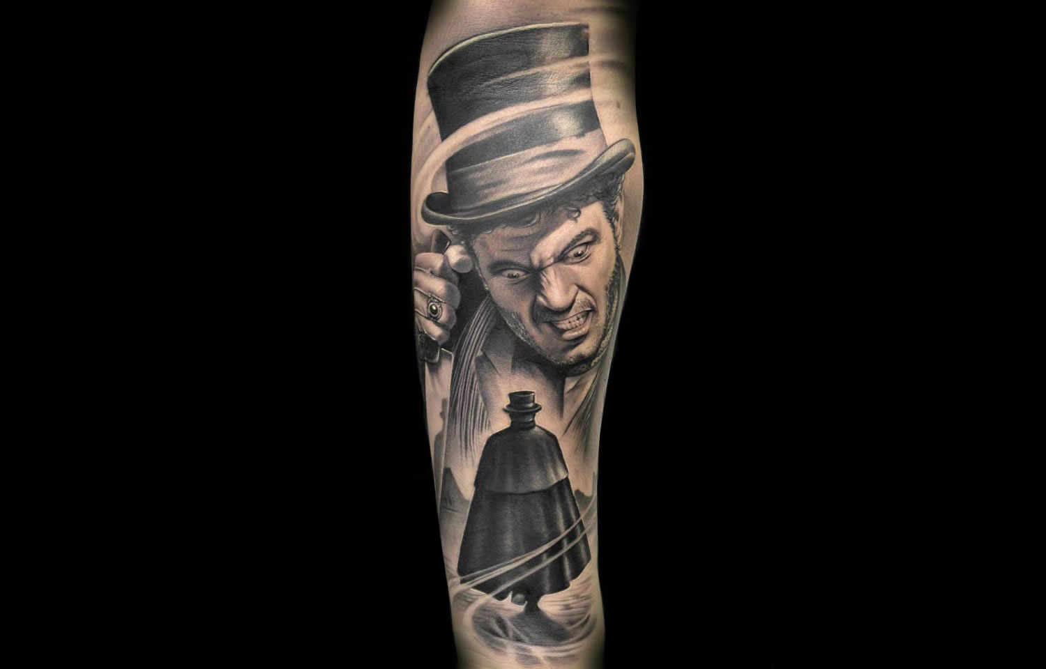 sherlock holmes style image with man wearing a top hat