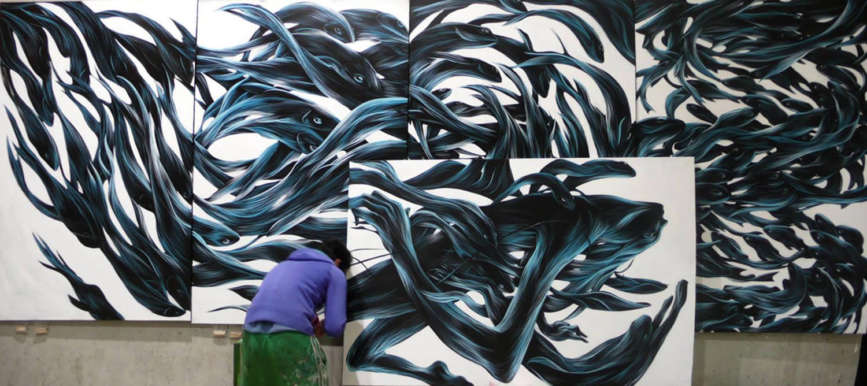graf artist pantonio painting a wall