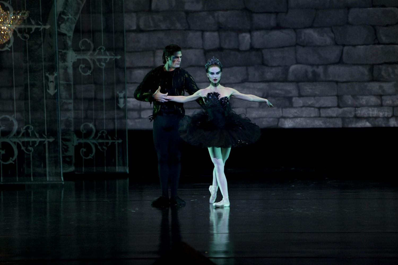 black swan ballet natalie portman
