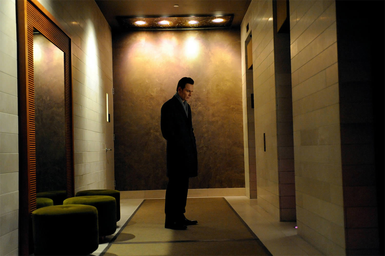 michael fassbender in hotel hallway, in shame