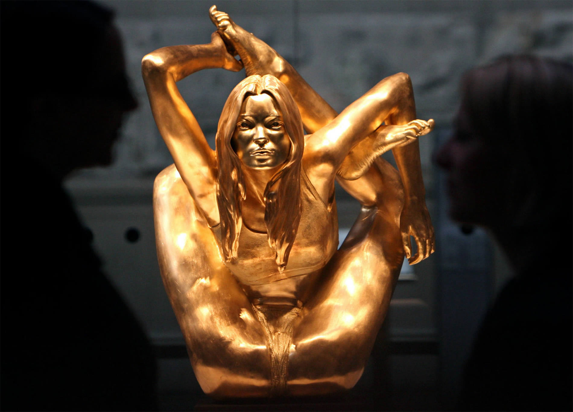 siren, marc quinn kate moss sculpture gold nude