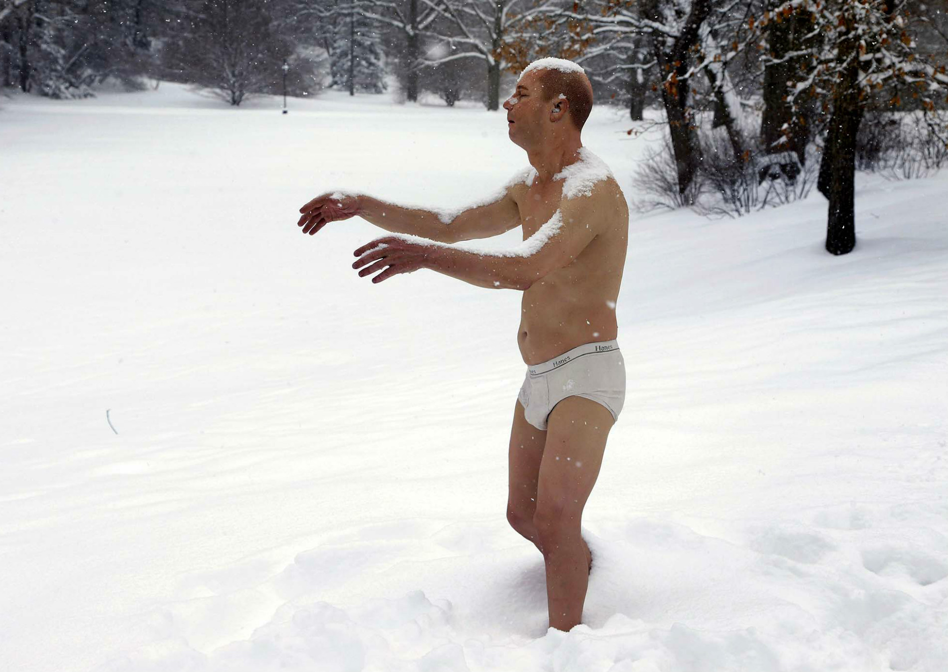 nude sculpture tony matelli wellesley college snow sleepwalking