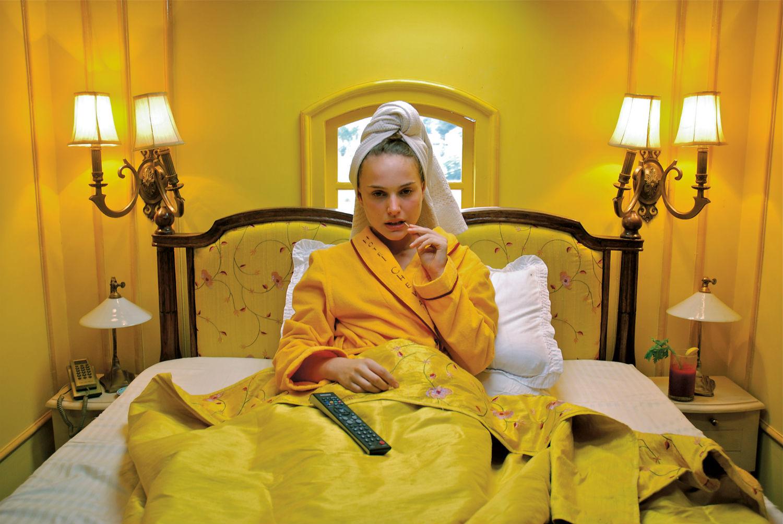 natalie portman darjeeling limited wes anderson yellow