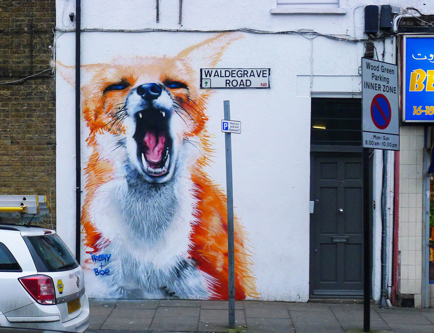 fox yelling, graffiti