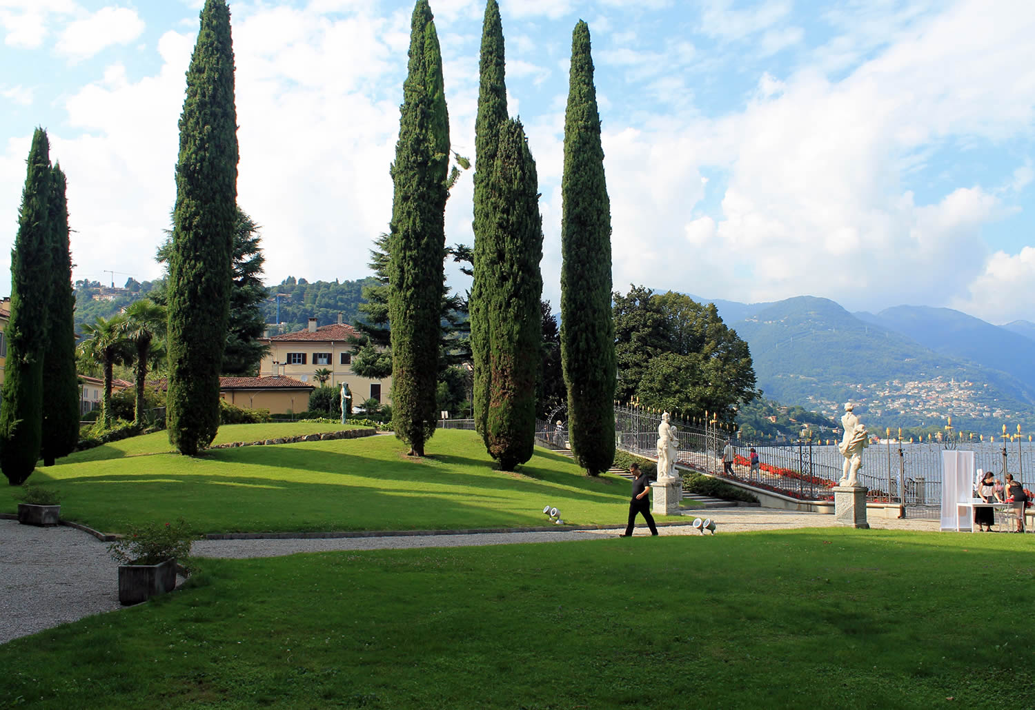 adesign lake como, garden view